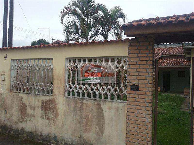 Casa em Caraguatatuba, bairro Jardim Porto Novo