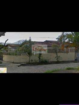 Casa, código 620 em Caraguatatuba, bairro Indaiá