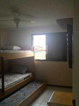 Apartamento, código 604 em Caraguatatuba, bairro Massaguaçu
