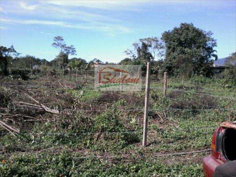 Terreno em Caraguatatuba, no bairro Pegorelli