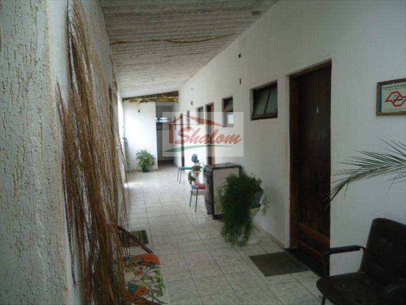 Loja em Caraguatatuba, bairro Jardim Porto Novo