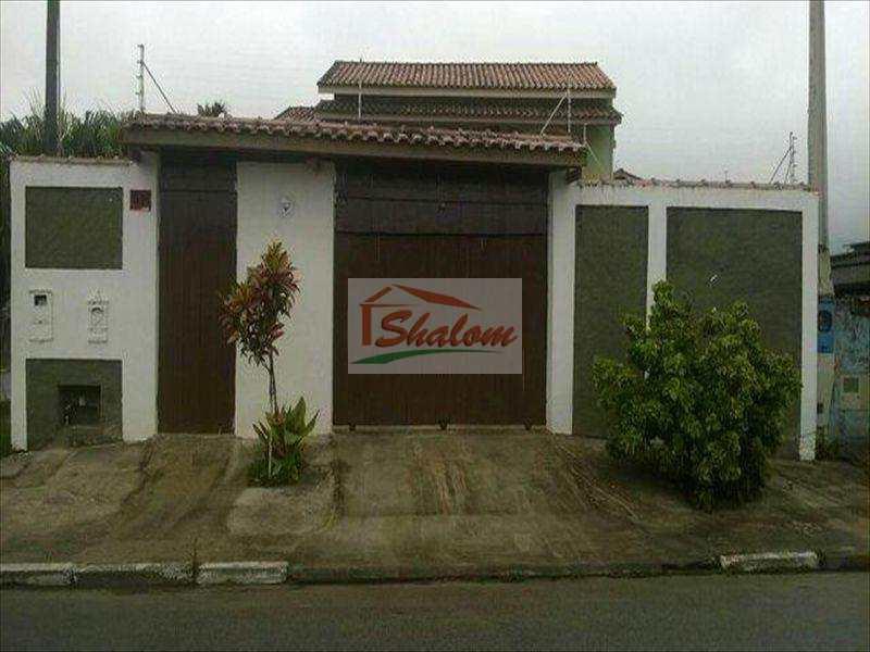 Sobrado em Caraguatatuba, bairro Jaraguá