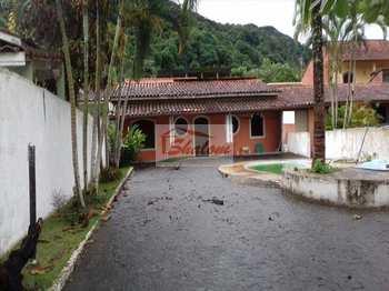 Casa, código 463 em Caraguatatuba, bairro Massaguaçu