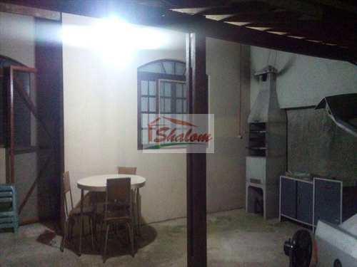 Casa, código 462 em Caraguatatuba, bairro Massaguaçu