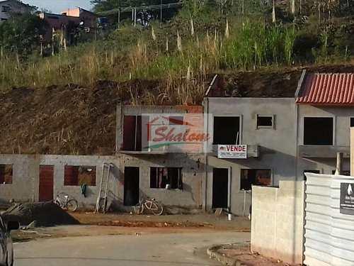 Casa, código 455 em Caraguatatuba, bairro Massaguaçu