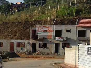 Sobrado, código 452 em Caraguatatuba, bairro Massaguaçu