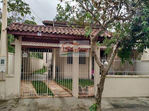 Casa, código 439 em Caraguatatuba, bairro Massaguaçu