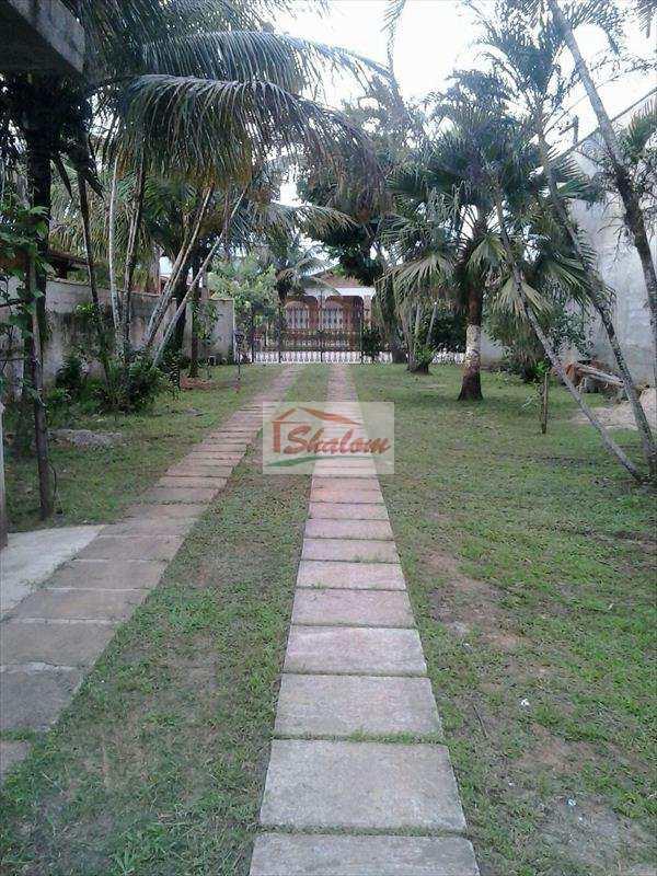 Casa em Caraguatatuba, no bairro Jardim Porto Novo
