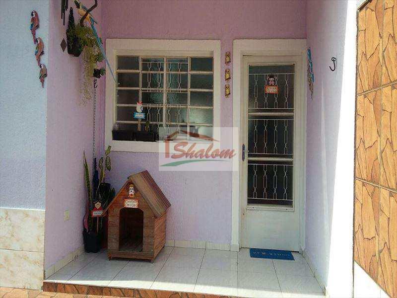 Casa em Caraguatatuba, bairro Jardim das Gaivotas
