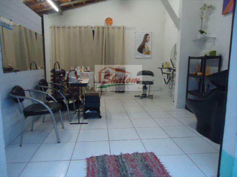 Sala Comercial em Caraguatatuba, no bairro Barranco Alto