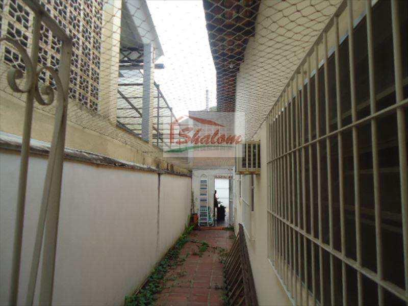 Casa em Caraguatatuba, no bairro Balneário Forest