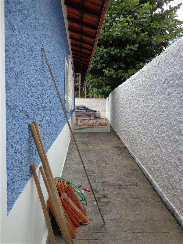 Casa em Caraguatatuba, bairro Prainha