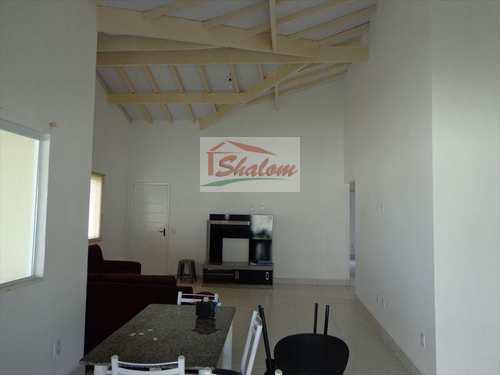 Casa, código 141 em Caraguatatuba, bairro Massaguaçu