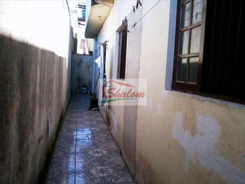 Sobrado, código 16 em Caraguatatuba, bairro Vila Nossa Senhora Aparecida