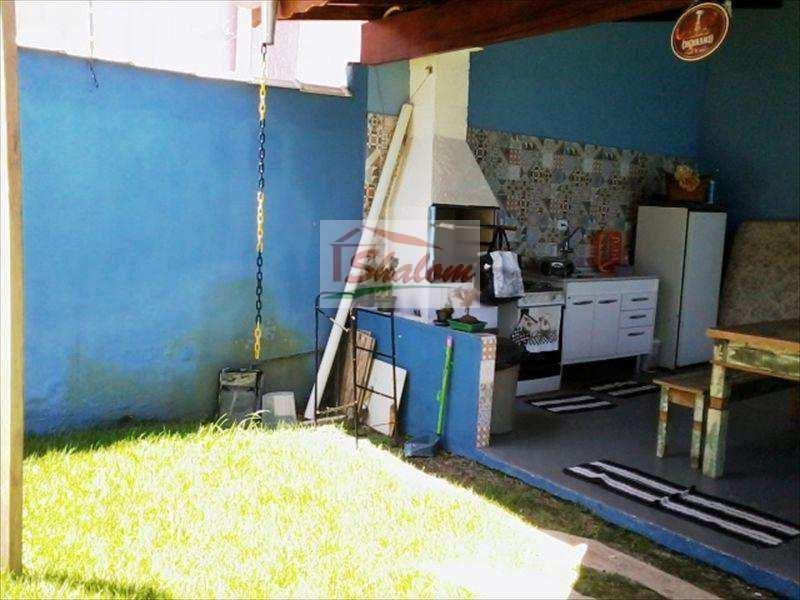Sobrado em Caraguatatuba, no bairro Jardim Terralão