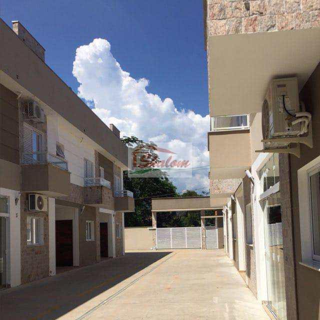 Sobrado de Condomínio em Caraguatatuba, no bairro Massaguaçu