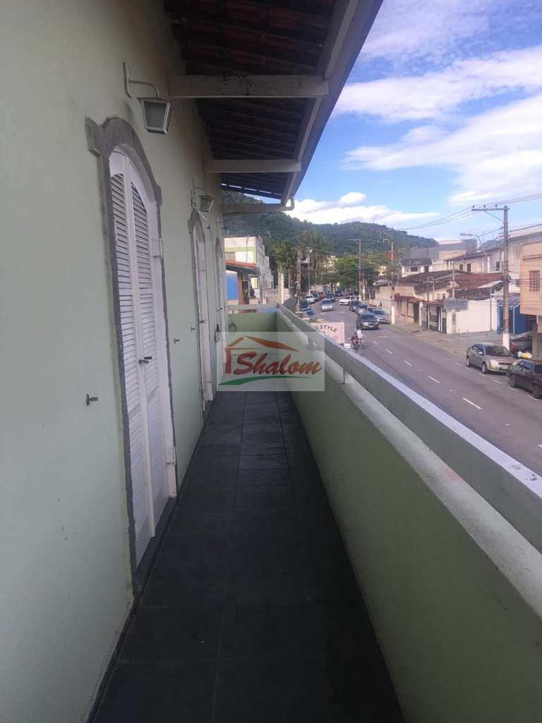Sobrado Comercial em Caraguatatuba, no bairro Centro
