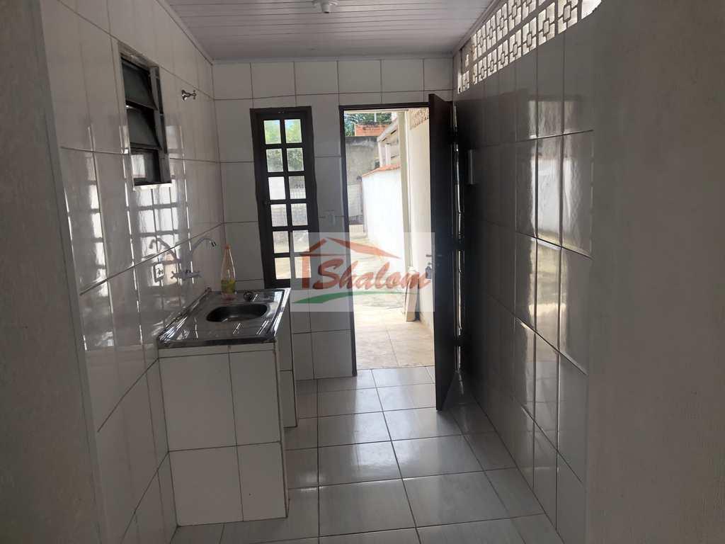 Casa em Caraguatatuba, no bairro Jaraguazinho