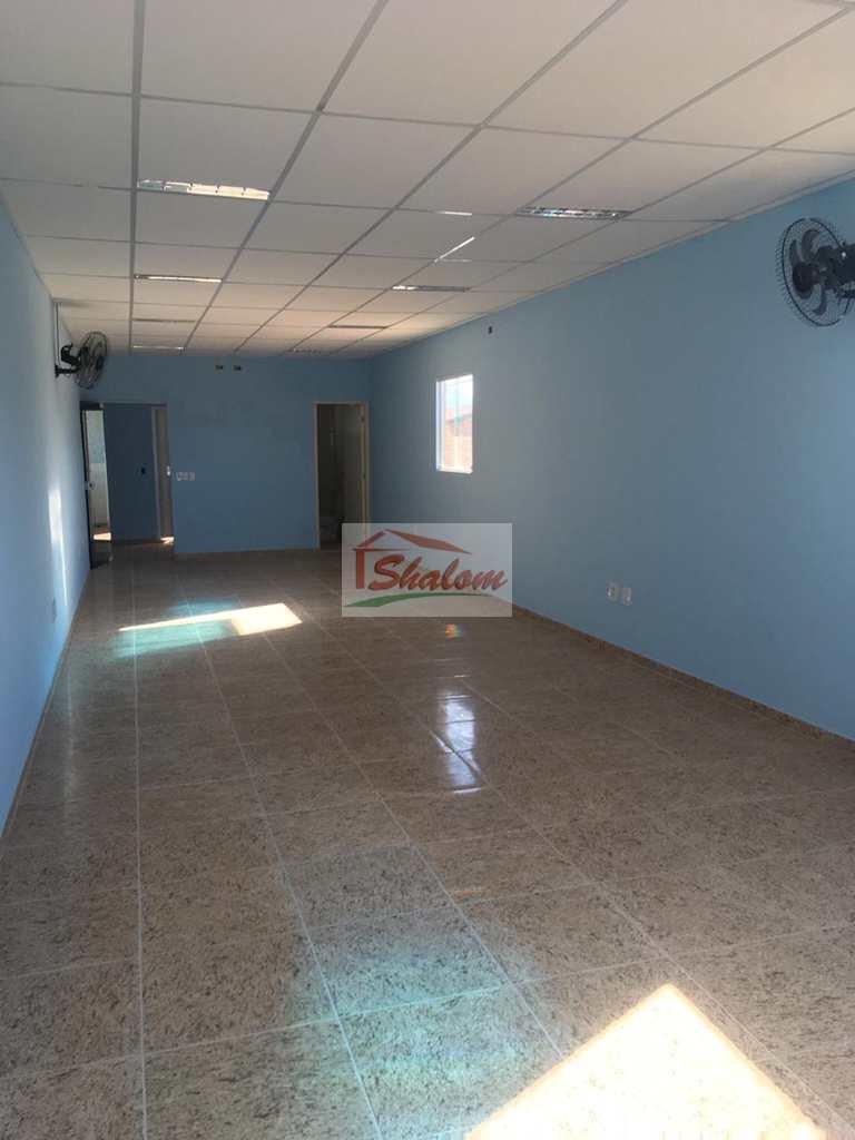 Sala Comercial em Caraguatatuba, no bairro Jardim Britânia