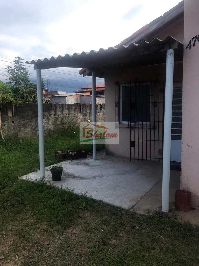 Casa em Caraguatatuba, no bairro Pegorelli