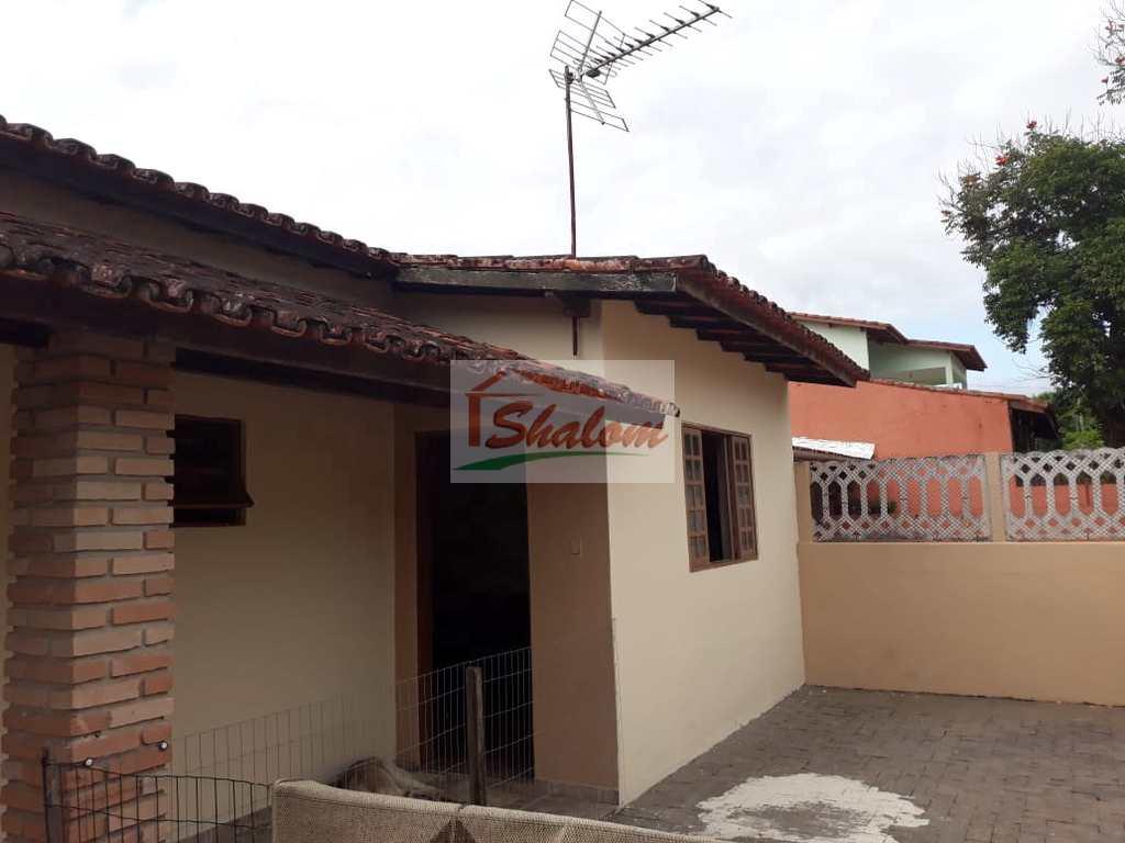 Casa em Caraguatatuba, no bairro Parque Balneário Poiares