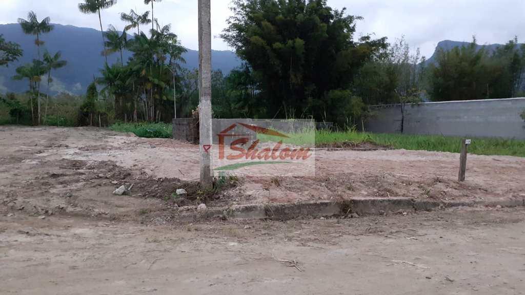 Terreno de Condomínio em Caraguatatuba, no bairro Pegorelli