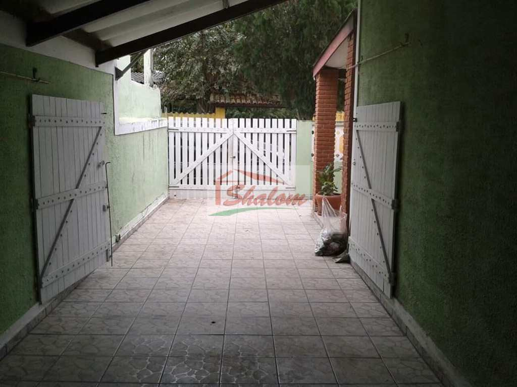 Casa em Caraguatatuba, no bairro Jardim das Flecheiras