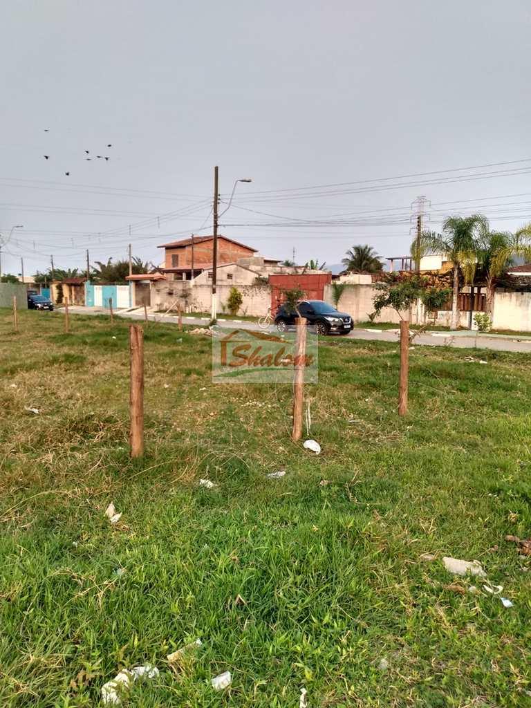 Terreno em Caraguatatuba, no bairro Parque Balneário Maria Helena