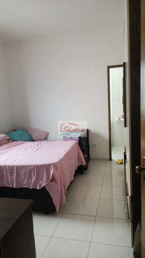 Casa em Caraguatatuba, no bairro Jardim Jaqueira
