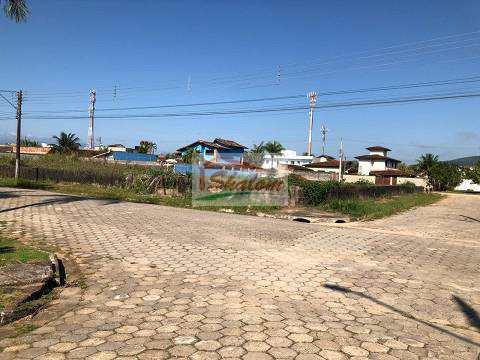 Área em Caraguatatuba, no bairro Estância Balneária Hawai