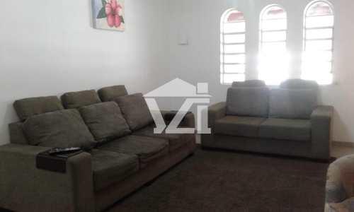 Casa, código 235 em Mogi das Cruzes, bairro Mogi Moderno