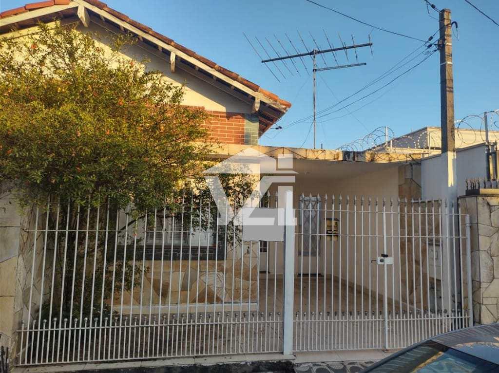 Casa em Mogi das Cruzes, no bairro Jardim Santa Carolina
