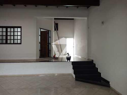 Casa, código 435 em Mogi das Cruzes, bairro Mogi Moderno