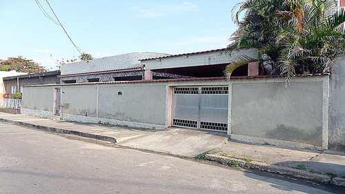 Casa, código 50 em Queimados, bairro Tinguá