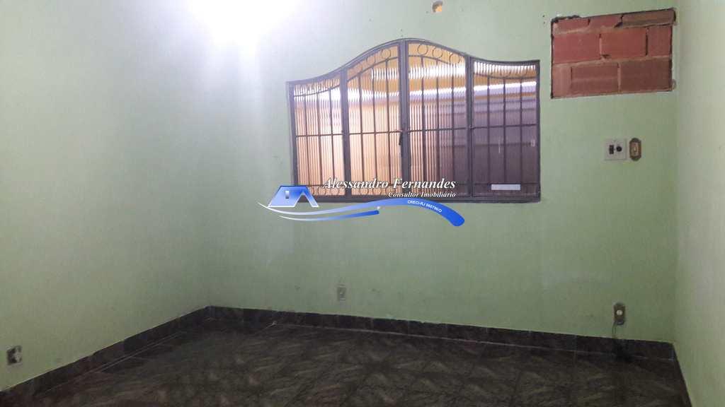 Casa em Queimados, no bairro Tinguá