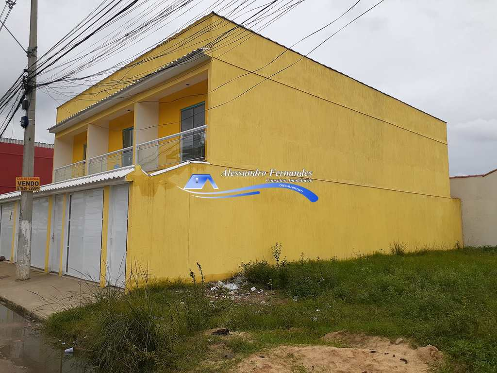 Casa em Queimados, no bairro Vila Pacaembu