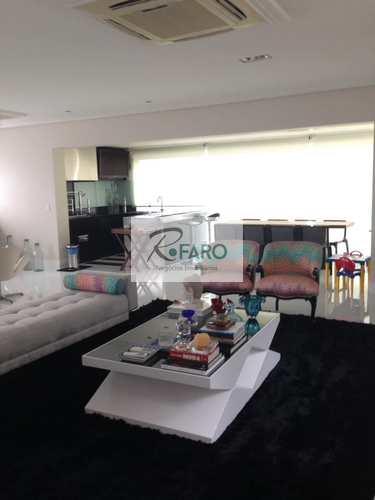 Apartamento, código 131 em Santos, bairro Boqueirão