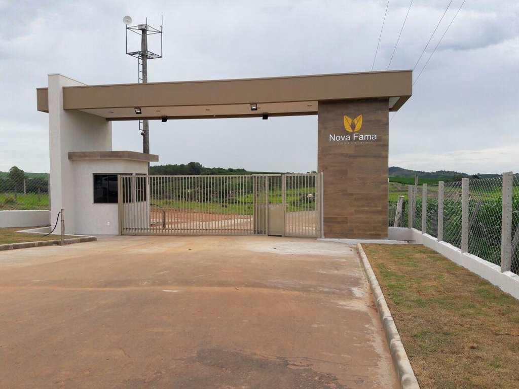 condomínio em Fama, bairro Condominio Nova Fama