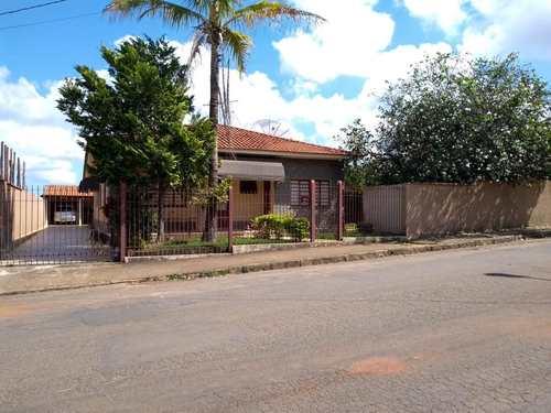Casa, código 231 em Alfenas, bairro Jardim São Carlos