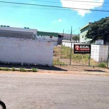 Terreno em Alfenas, bairro Vila Teixeira