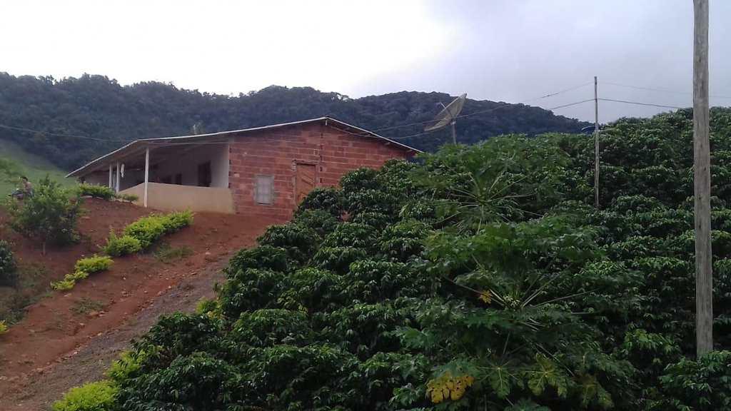 Sítio em Faria Lemos, no bairro Centro