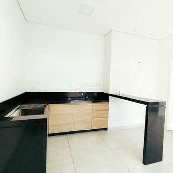 Apartamento em Alfenas, bairro Jardim Aeroporto