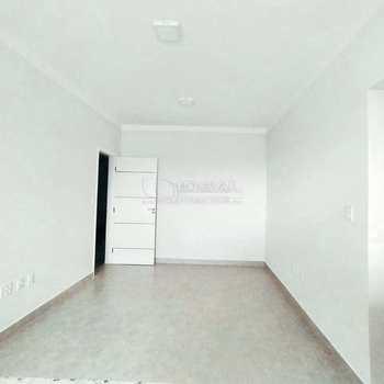 Apartamento em Alfenas, bairro Vila Betânia