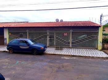 Casa, código 1611 em Alfenas, bairro Por do Sol