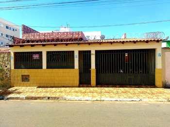 Casa, código 1629 em Alfenas, bairro Residencial Oliveira