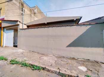 Casa, código 1638 em Alfenas, bairro Jardim São Carlos