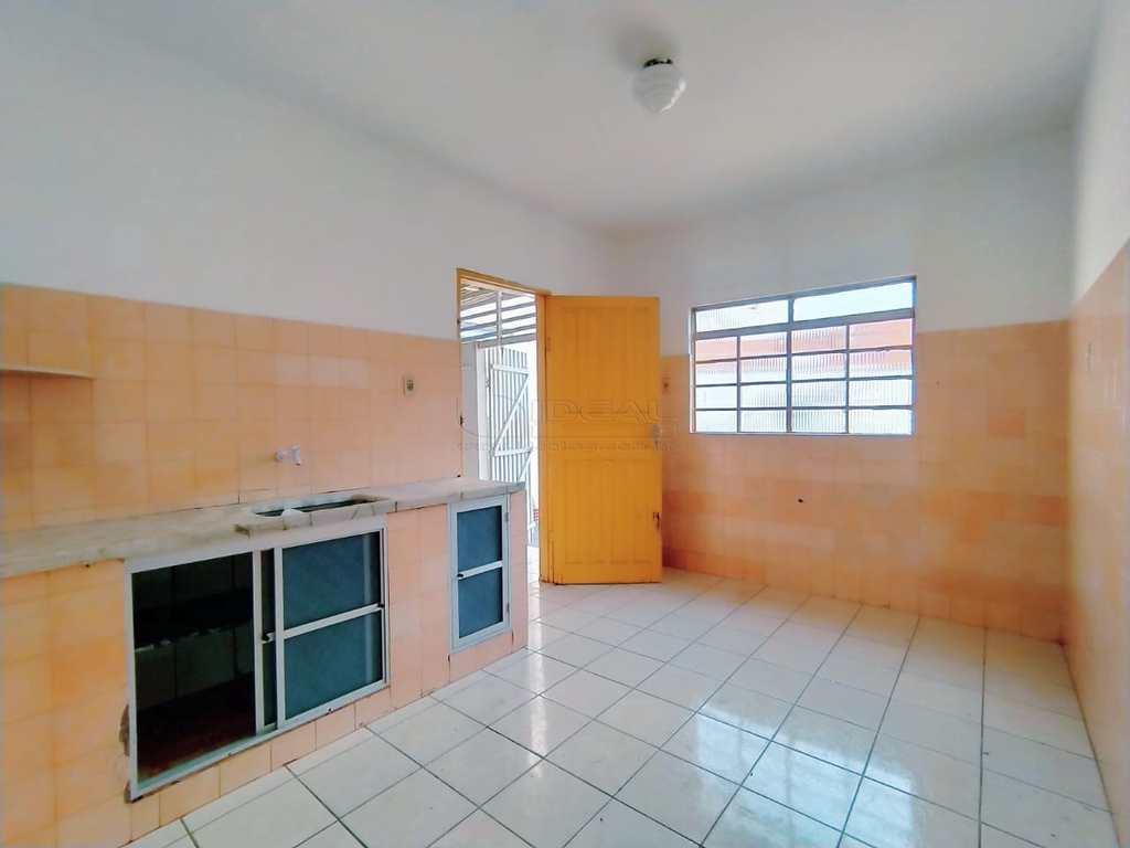Casa em Alfenas, no bairro Jardim São Carlos