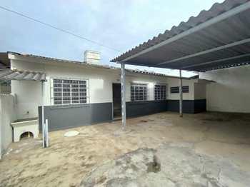 Casa, código 1675 em Alfenas, bairro Vila Formosa