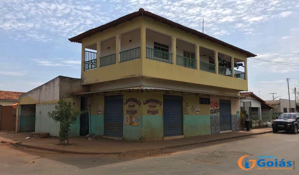 Sobrado em Vianópolis, bairro Jardim São José
