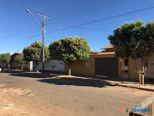 Casa, código 8935 em Vianópolis, bairro Jardim São José